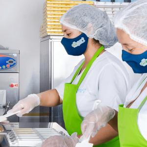 trabajadores-goyurt-helados-producción-natural